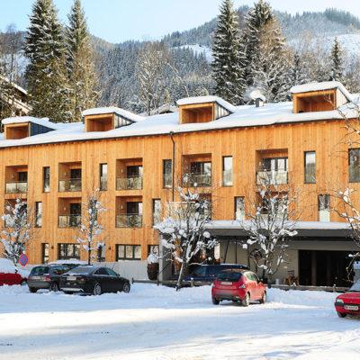LoriVita Hotel Aussenansicht Winter
