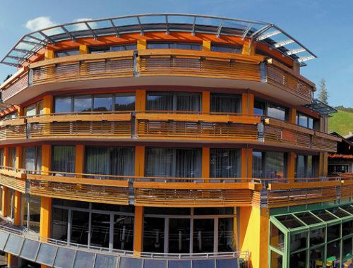 Holzkonstruktion Aparthotel Adler